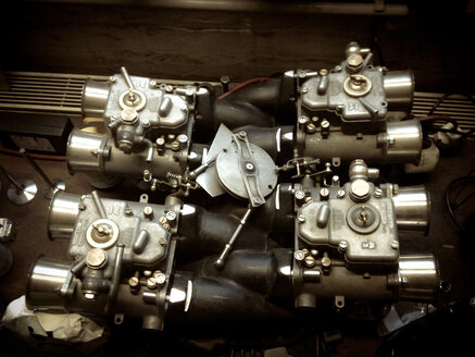 8 cylinder car motor, Berlin, Germany - FB000149