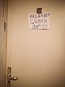 handwritten sign on door - FBF000108