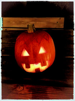 Halloween pumpkin with candle - SRSF000435