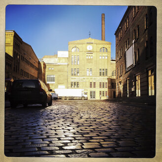 Main building of former brewery, today shops and art places. Culture Brewery, Berlin, Germany. - ZM000073