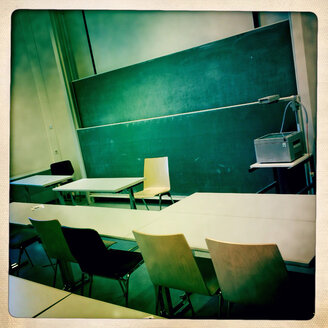 Lecture in the Albert-Ludwigs-University Freiburg, Baden-Wuerttemberg, Germany. - DHL000266