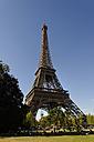 France, Paris, 7th arrondissement, view to Eiffel Tower - LB000482