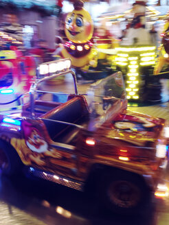 Childrens firetruck on the Christmas market, Bonn, North Rhine-Westphalia, Germany - MEA000033