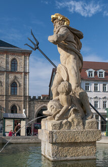 Germany, Thuringia, Weimar, Neptune fountain at market square - HWOF000068