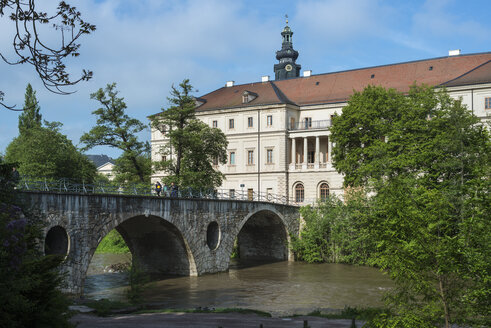 Germany, Thuringia, Weimar, City Castle, Sternbruecke, Bridge over Ilm river - HWOF000078