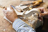 Violin maker at work - TCF003812