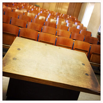 Lecture in the Albert-Ludwigs University in Freiburg, Breisgau, Baden-Wuerttemberg, Germany. - DHL000292