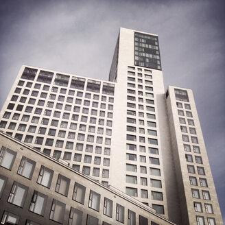 Back side of Waldorf Astoria Hotel at Kurfuerstendamm, Berlin, Germany - ZM000123