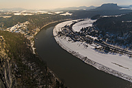 Germany, Saxony, Saxon Switzerland, River Elbe in winter - MJF000730