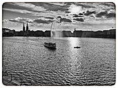 Germany, Hamburg, view of the Inner Alster Lake - KRP000125