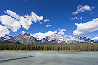 Canada, Alberta, Jasper National Park, Banff National Park, Icefields Parkway, Athabasca River - FOF005653