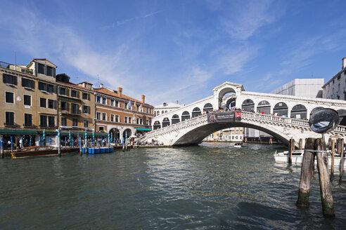 Italy, Venice, Canale Grande, Rialto Bridge - FOF005794