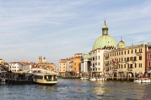 Italy, Venice, Canale Grande - FO005812