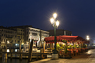 Italy, Venice, Restaurant at Canale Grande at night - FO005825