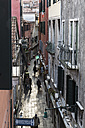 Italy, Veneto, Venice, narrow alley - FO005882