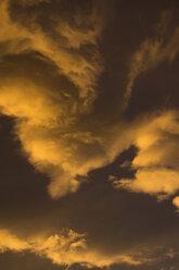 Germany, Euskirchen, morning sky, clouds, sunrise - MYF000160