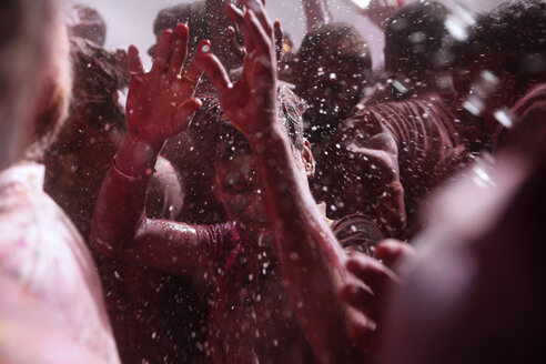India, Uttar Pradesh, Vrindavan, man during Holi, spring festival, festival of colours - JBA000031