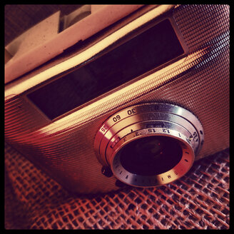 old analogue camera, Welta Penti I with lens Meyer - Domiplan V 3,5/30, studio - HOH000424