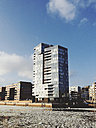 Residential tower on the river Elbe, Hamburg, Germany - SEF000548