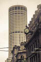 Australia, New South Wales, Sydney, view to skyscraper and part of an old building in front - FBF000221