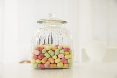 Germany, Munich, Candy jar on table - FSF000167