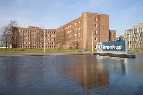 Germany, North Rhine-Westphalia, Essen, Krupp-Guertel, headquarter of ThyssenKrupp - WI000350