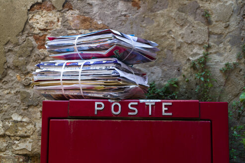 Italy, Venice, Mailbox and brochures - EJW000251