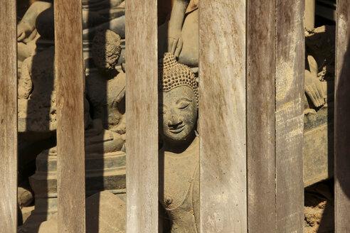 Laos, Vientiane, Wat Si Saket, broken Buddhas - SJ000093