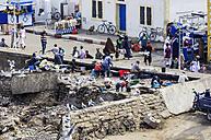 Morocco, Essaouira, Kasbah, people at harbor promenade - THA000097