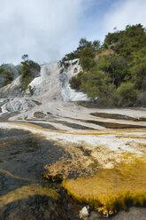 New Zealand, North Island, Bay of Plenty, Orakei Korako, sinter terrace - JB000038
