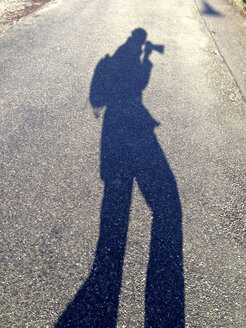 Shadow of photographer, Konstanz, Baden-Wurttemberg, Germany - JEDF000147