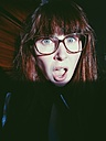 Shocked woman with glasses, close-up - MEAF000126