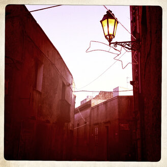 Italy, Sicily, Trapani, little Backstreets with Lantern and Christmas lights in the Town - IPF000037