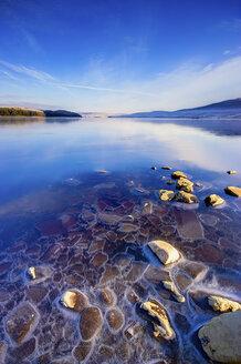 Great Britain, Scotland, Sutherland, Oykel, Altnaharra, Loch Naver, in winter - SMAF000194