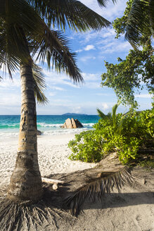 Seychelles, Praslin, View from Anse Lazio to Aride Island - WEF000019