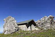 Germany, Upper Bavaria, Bavaria, Chiemgau Alps, Steinlingalm, Kampenwand, stone house - SIEF005093