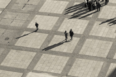 Germany, Berlin, square with pedestrians, view from above - CM000053