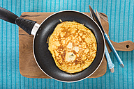 Omelette in frying pan - CSTF000142