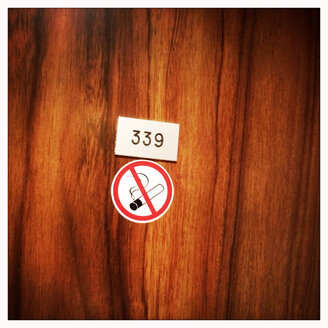 Room number in a hotel room, Non smoking - DHL000355