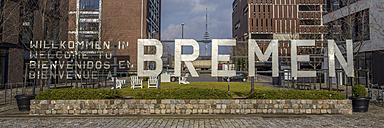 Germany, Bremen, Welcome sign in Uberseestadt - NK000073