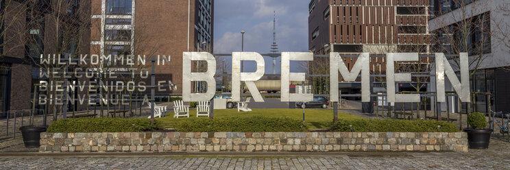 Germany, Bremen, Welcome sign in Uberseestadt - NK000073