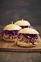 Mini-Burger with pulled pork, red cabbage and fried onions - ECF000448