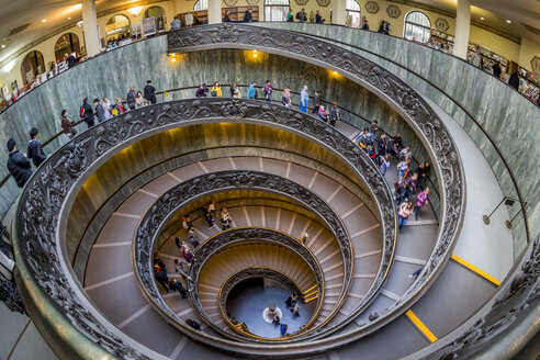 Italy, Rome, Vatican, Vatican Museum, Spiral staircase of Giuseppe Momo - EJW000369