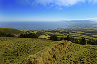 Portugal, Azores, Sao Miguel, View from Caldeira das Sete Cidades to Atlantic coast - ONF000417