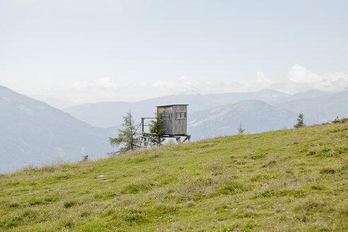 Austria, Lungau, deer stand - KV000036