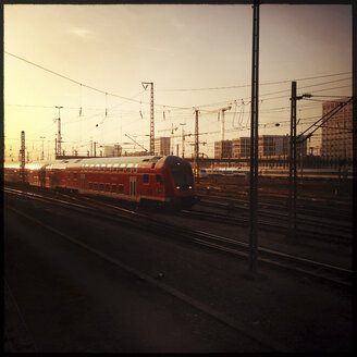 Train in the main station, Munich, Bavaria, Germany - GS000836