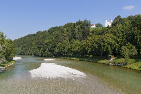 Germany, Bavaria, Upper Bavaria, Bad Toelz, Isar river, Leonhardi Chapel and Holy Cross Church - SIEF005180