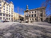 Spain, Catalonia, Barcelona, Statue Antonio Lopez y Lopez, Placa de Antoni Lopez - AMF002064
