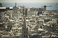Italy, Liguria, Genoa, view to historic city - LVF000988