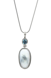 Silver pendant with blue mabe pearl and blue topaz - JAWF000023